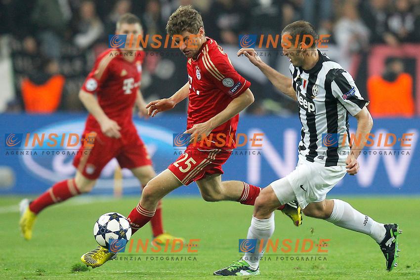 Thomas Muller Bayern, Giorgio Chiellini Juventus, Torino 10/4/2013 .Juventus Stadium.Football Calcio 2012/2013 Champions League.Juventus Vs Bayern München.Foto Marco Bertorello Insidefoto
