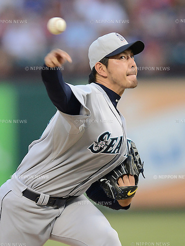 Hisashi Iwakuma (Mariners),<br /> JULY 4, 2013 - MLB :<br /> Hisashi Iwakuma of the Seattle Mariners pitches during the Major League Baseball game against the Texas Rangers at Rangers Ballpark in Arlington in Arlington, Texas, United States. (Photo by AFLO)