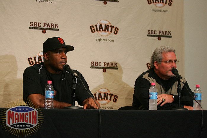 Chicago Cubs vs San Francisco Giants. Barry Bonds works out, plays in a simulated game and holds a press conference with Brian Sabean. San Francisco, CA 9/8/2005 MANDATORY CREDIT: Brad Mangin