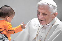 General audience Pope Benedict XVI in St. Peter's Square at the Vatican. 23, May  2012