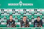 04.02.2019, Weserstadion, Bremen, GER, DFB-Pokal, PK SV Werder Bremen<br /> <br /> im Bild<br /> Übersicht, Florian Kohfeldt (Trainer SV Werder Bremen), Frank Baumann (Geschäftsführer Fußball Werder Bremen), Michael Rudolph (Direktor Kommunikation Werder Bremen), <br /> bei PK / Pressekonferenz vor dem DFB-Pokal Auswärts-Spiel gegen BVB Borussia Dortmund, <br /> <br /> Foto © nordphoto / Ewert