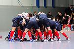 MANNHEIM, DEUTSCHLAND, FEBRUAR 01: Viertelfinale in der 1. Hockey Bundesliga der Herren, Hallensaison 2013/2014. Begegnung zwischen dem Mannheimer HC (blau) und RW Köln (rot) am 01. Februar, 2013 in der Irma-Röchling-Halle in Mannheim, Deutschland. Endstand 4-6. (4-1) (Photo by Dirk Markgraf / www.265-images.com) *** Local caption ***