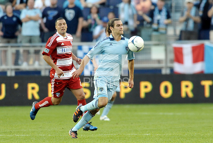 Graham Zusi (8) Sporting KC midfielder in action... Sporting KC defeated FC Dallas 2-1 at LIVESTRONG Sporting Park, Kansas City, Kansas.