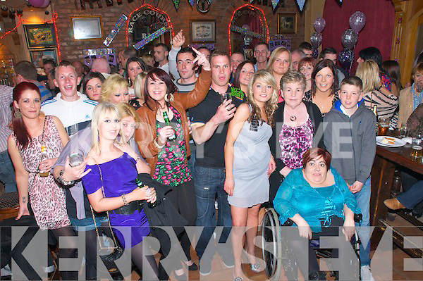 21st Birthday :Anna Nolan,Dirha West, Listowel third from right, celebrating her 21st birthday with family & friends at the Racecourse Bar, Listowel on Saturday night last..