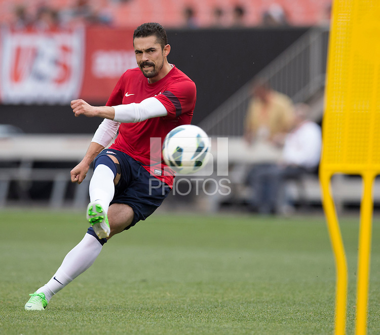 Cleveland, OH, USA - Tuesday, May 28, 2013: USA Training at FirstEnergy Stadium in preparation for their match with Belgium.