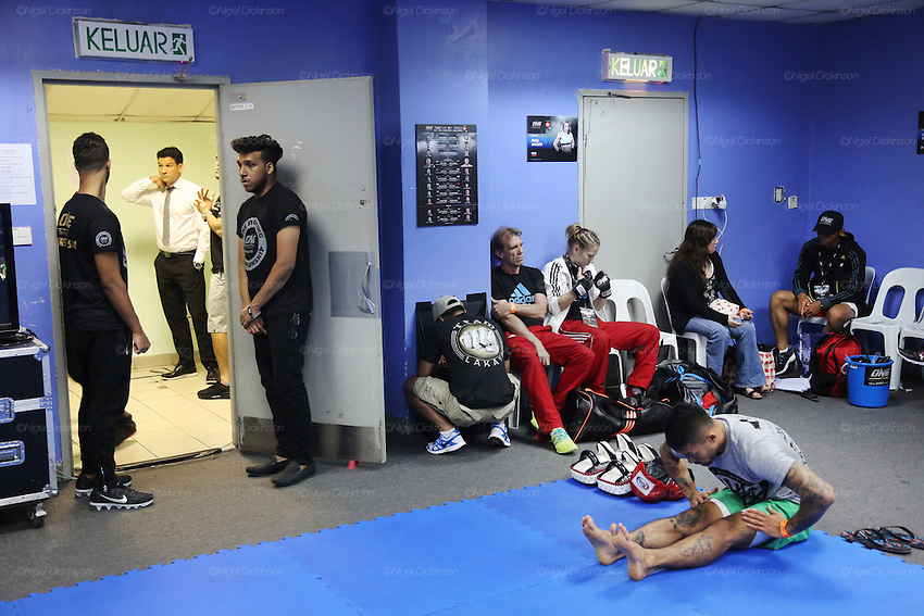 Blue locker room preparation<br />