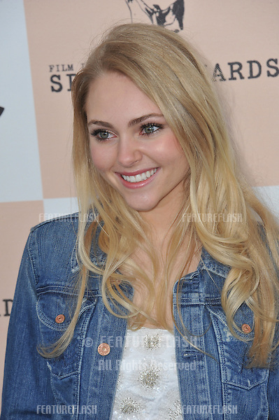 AnnaSophia Robb at the 2011 Film Independent Spirit Awards on the beach in Santa Monica, CA..February 26, 2011  Santa Monica, CA.Picture: Paul Smith / Featureflash