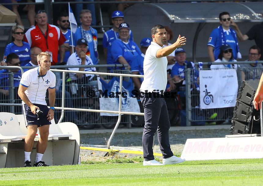 Trainer Dimitrios Grammozis (SV Darmstadt 98) - 04.08.2019: SV Darmstadt 98 vs. Holstein Kiel, Stadion am Boellenfalltor, 2. Spieltag 2. Bundesliga<br /> DISCLAIMER: <br /> DFL regulations prohibit any use of photographs as image sequences and/or quasi-video.