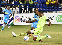 MONTERIA - COLOMBIA, 06-04-2018: Pablo Rojas (Izq) jugador de Jaguares FC disputa el balón con Camilo Mancilla (Der) jugador de Envigado FC durante partido por la fecha 13 de la Liga Aguila I 2018 jugado en el estadio Municipal de Monteria. / Pablo Rojas (L) player of Jaguares FC vies for the ball with Camilo Mancilla (R) player of Envigado FC during a match for the date 13 of the Liga Aguila I 2018 at the Municipal de Monteria Stadium in Monteria city. Photo: VizzorImage / Andres Felipe Lopez / Cont