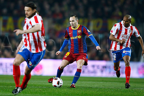 05.02.2011 Spanish La Liga, Nou Camp Stadium in Barcelona, Spain. FC Barcelona v Atletico Madrid, 3-0. Picture shows Andres Iniesta (Barcelona).