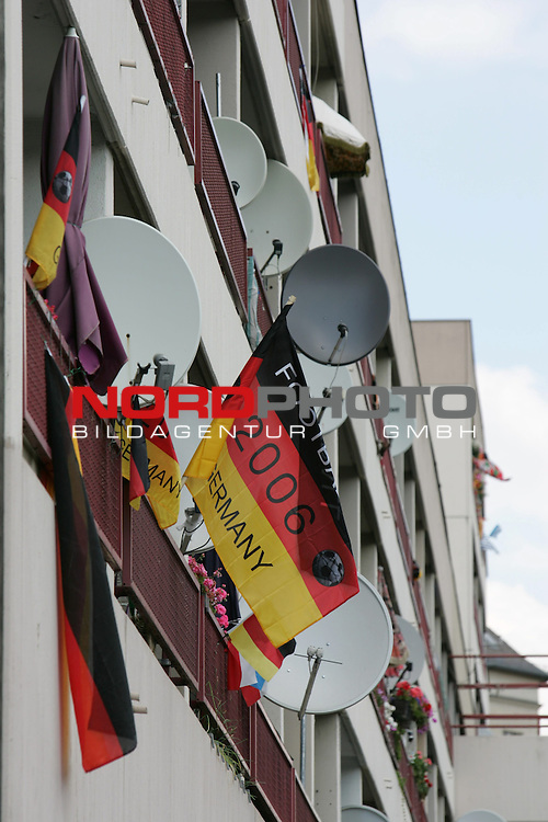 FIFA WM 2006 Germany - Feature<br /> A house / flat with flags in Charlottenburg in Berlin during the world cup in Berlin.<br /> Foto &copy; nordphoto