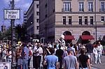 Europe, DEU, Germany, Berlin, Pariser Platz, People, Tourists, ....[ For each utilisation of my images my General Terms and Conditions are mandatory. Usage only against use message and proof. Download of my General Terms and Conditions under http://www.image-box.com or ask for sending. A clearance before usage is necessary...Material is subject to royalties. Each utilisation of my images is subject to a fee in accordance to the present valid MFM-List...Contact | archive@image-box.com | www.image-box.com ]