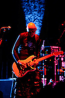 Smashing Pumpkins performing at Fabulous Fox Theater in Saint Louis on Nov 26, 2007.