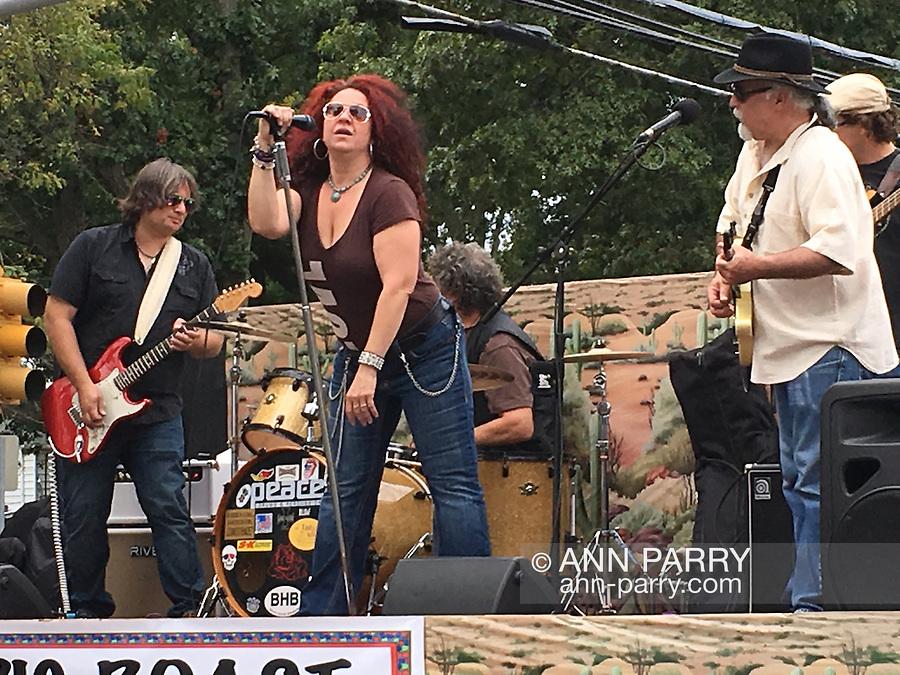 Blues singer Suzi Esposito Smith of Sweet Suzi and Sugafixx