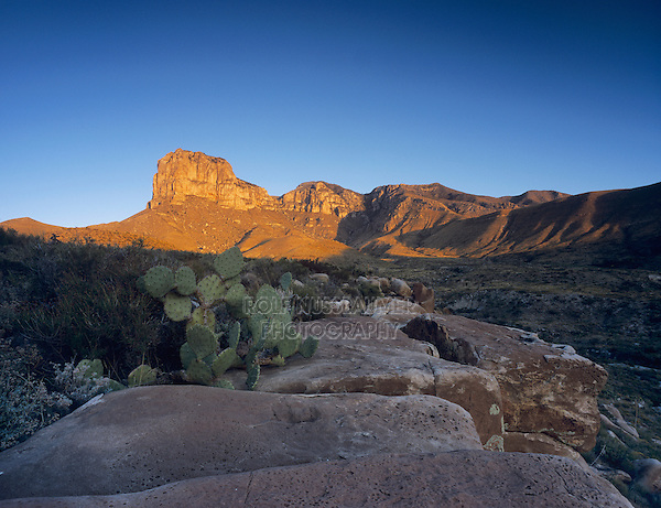Sunrise on El Capitan, Guadalupe Mountains National Park, Texas, USA, November 2005