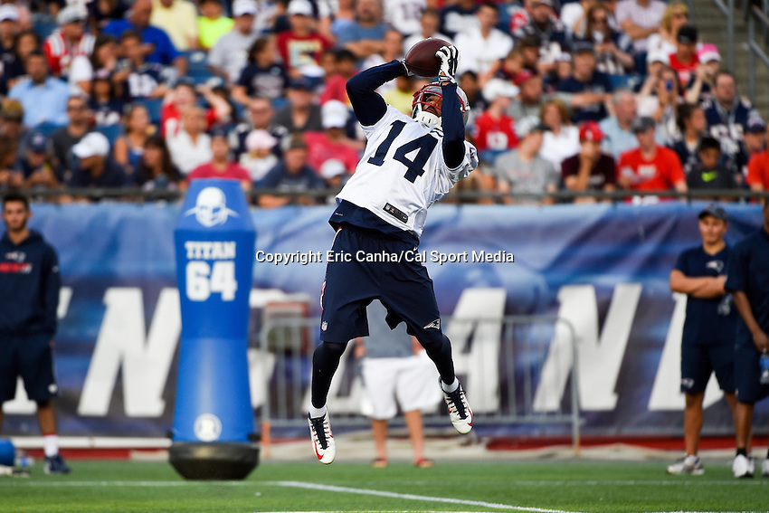 August 5, 2015: New England Patriots wide receiver Chris Harper (14)  makes a catch during the New England Patriots training camp held on the the game field at Gillette Stadium in Foxborough Massachusetts. Eric Canha/CSM