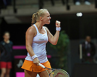 Arena Loire,  Trélazé,  France, 16 April, 2016, Semifinal FedCup, France-Netherlands, First match: Kiki Bertens vs Caroline Garcia, Kiki Bertens (NED) makes the first point  the Netherlands take a 1-0 lead<br /> Photo: Henk Koster/Tennisimages