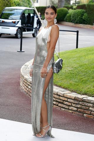 Shanina Shaik at the amfAR Gala Cannes 2017 at Hotel du Cap-Eden-Roc on May 25, 2017 in Cap d'Antibes, France. Credit: John Rasimus /MediaPunch ***FRANCE, SWEDEN, NORWAY, DENARK, FINLAND, USA, CZECH REPUBLIC, SOUTH AMERICA ONLY***