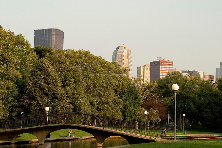 Pittsburgh's Neighborhoods - Allegheny Commons, northside