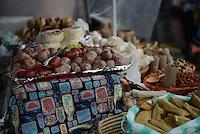 BOGOTÁ-COLOMBIA-17-03-2013.  El Mercado de Pulgas, San Alejo, de Bogotá, celebra durante el mes de marzo 30 años de existencia./ Pulgas Market, San Alejo, from Bogota celebrates during March 30 years of existence. Photos: VizzorImage