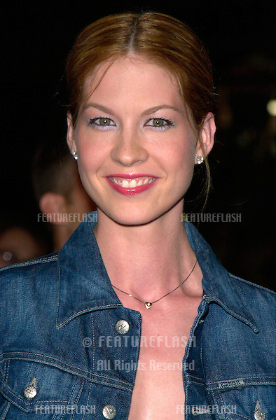 Actress JENNA ELFMAN at the world premiere of Charlie's Angels, at the Mann's Chinese Theatre in Hollywood..22OCT2000. © Paul Smith / Featureflash
