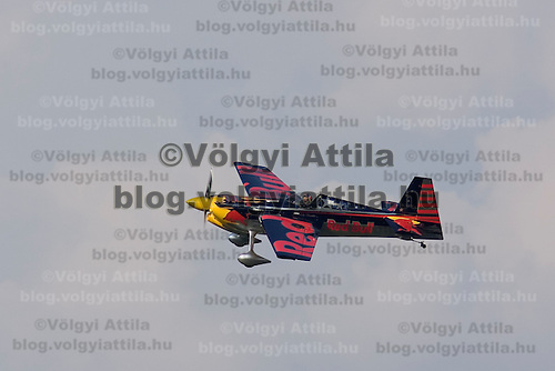 0708185561a Red Bull Air Race international air show practice runs over the river Danube, Budapest preceding the anniversary of Hungarian state foundation. Hungary. Saturday, 18. August 2007. ATTILA VOLGYI
