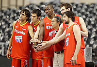 Spain's coach Sergio Scariolo (c-r) with the players rookies in the Olympic Games Victor Sada (l), Fernando San Emeterio (2-l), Serge Ibaka (c-l), Victor Claver (2-r) and Sergio LLull (r) during training session.July 24,2012(ALTERPHOTOS/Acero) /NortePhoto.com.<br />