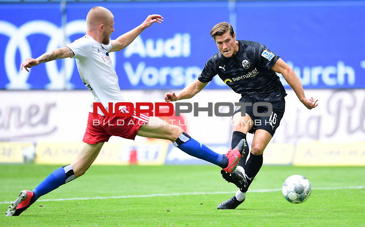 0:2 Tor, v.l. Rick van Drongelen (HSV), Torschuetze Kevin Behrens (Sandhausen)<br />