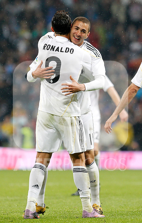 Real Madrid's Karim Benzema celebrates with Cristiano Ronaldo during La Liga match, May 08, 2010. (ALFAQUI/Cid-Fuentes).