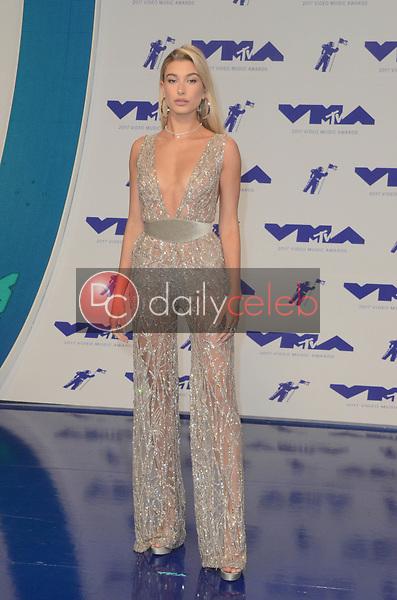 Hailey Rhode Baldwin<br /> at the 2017 MTV Video Music Awards, The Forum, Inglewood, CA 08-27-17<br /> David Edwards/DailyCeleb.com 818-249-4998