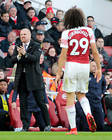 Burnley manager Sean Dyche encourages his side<br /> <br /> Photographer David Shipman/CameraSport<br /> <br /> The Premier League - Arsenal v Burnley - Saturday 22nd December 2018 - The Emirates - London<br /> <br /> World Copyright © 2018 CameraSport. All rights reserved. 43 Linden Ave. Countesthorpe. Leicester. England. LE8 5PG - Tel: +44 (0) 116 277 4147 - admin@camerasport.com - www.camerasport.com