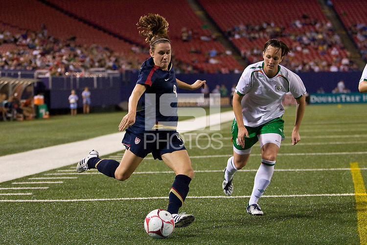 United States (USA) forward Heather O'Reilly (9). The women's national team of the United States (USA) defeated the Republic of Ireland (IRL) during an international friendly at Giants Stadium in East Rutherford, NJ on September 17, 2008. Photo by Howard C. Smith/isiphotos.com