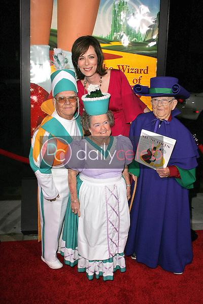 Jane Kaczmarek, with original Wizard of Oz Munchkins Clarence Swenson, Margaret Pellegrini, and Meinhardt Raabe