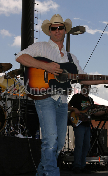 June 12th, 2004:  Nashville, TN, USA: CMA Music Festival Convention RiverFront Stages Day 3.  Lane Turner Performs.  Mandatory Photo Credit:  Ferguson/Admedia (c) Kevin Ferguson/2004