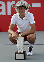 BOGOTA- COLOMBIA 26-07-2015: Bernard Tomic de Australia, celebra con el trofeo como campeón del Claro Open Colombia de Tenis en las canchas del Centro de Alto rendimiento en Altura en la ciudad de Bogota.   / Bernard Tomic of Australia, celebrates with the trophy as champion of    the Claro Open Colombia of Tennis in the courts of the High Performance Center in Altura in Bogota City. Photo: VizzorImage / Luis Ramirez / Staff.