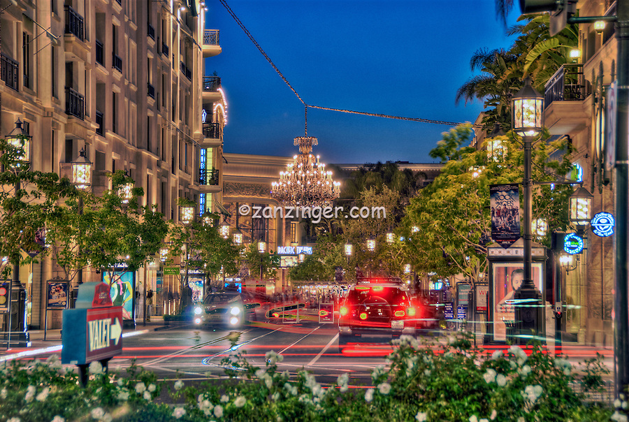 Americana Brand, Shopping Center, Complex, Glendale, CA,  Calif, Outdoor, Mall,  Night,