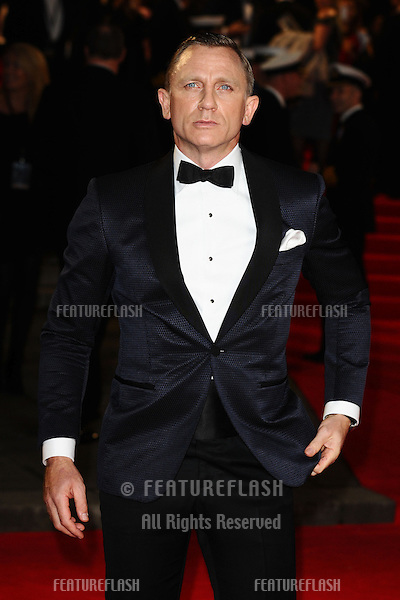 Daniel Craig arriving for the Royal World Premiere of 'Skyfall' at Royal Albert Hall, London. 23/10/2012 Picture by: Steve Vas / Featureflash