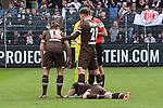 Marvin Knoll (Nr.5, FC St. Pauli) verletzt am Boden  beim Spiel in der 2. Bundesliga, SV Sandhausen - FC St. Pauli.<br /> <br /> Foto © PIX-Sportfotos *** Foto ist honorarpflichtig! *** Auf Anfrage in hoeherer Qualitaet/Aufloesung. Belegexemplar erbeten. Veroeffentlichung ausschliesslich fuer journalistisch-publizistische Zwecke. For editorial use only. For editorial use only. DFL regulations prohibit any use of photographs as image sequences and/or quasi-video.