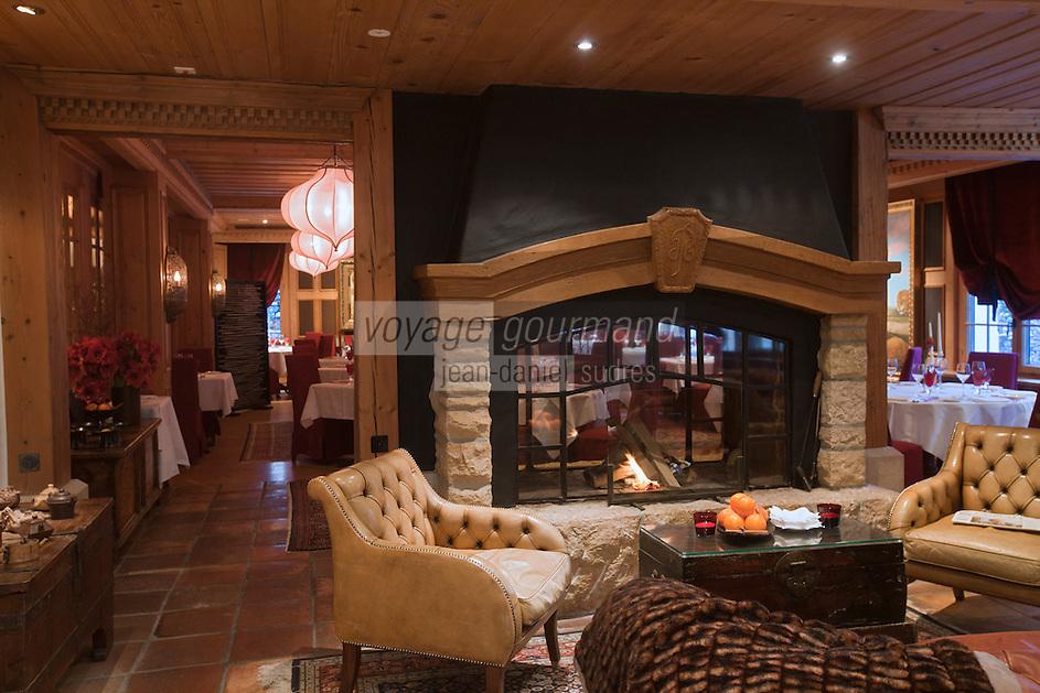 Europe/Suisse/Saanenland/Gstaad: Grand Hôtel Park - Salonte cheminée du restaurant:  Marco Polo