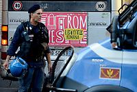 Roma, 19 Agosto 2017<br /> Estate Romana<br /> Piazza indipendenza<br /> Polizia sgombera palazzo occupato da 4 anni da circa 500 rifugiati somali ed eritrei