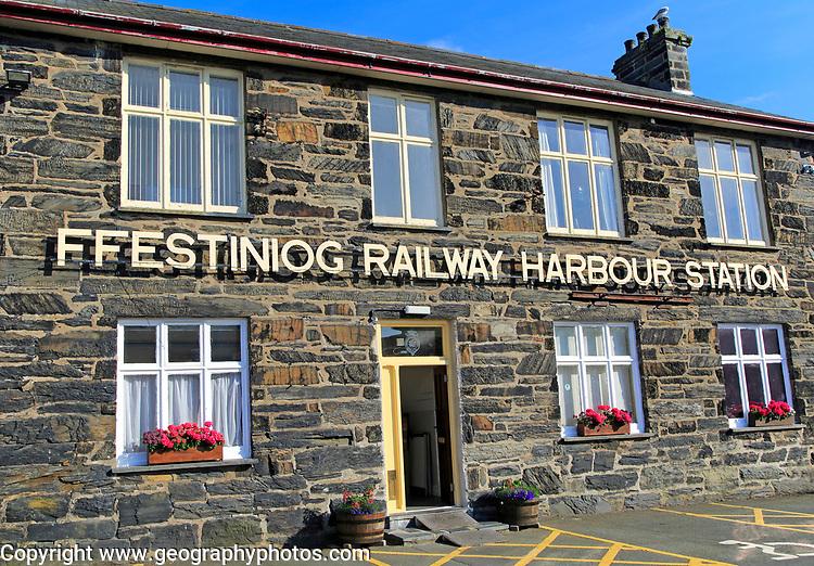 Ffestiniog railway harbour station, Porthmadog, Gwynedd, north west Wales, UK