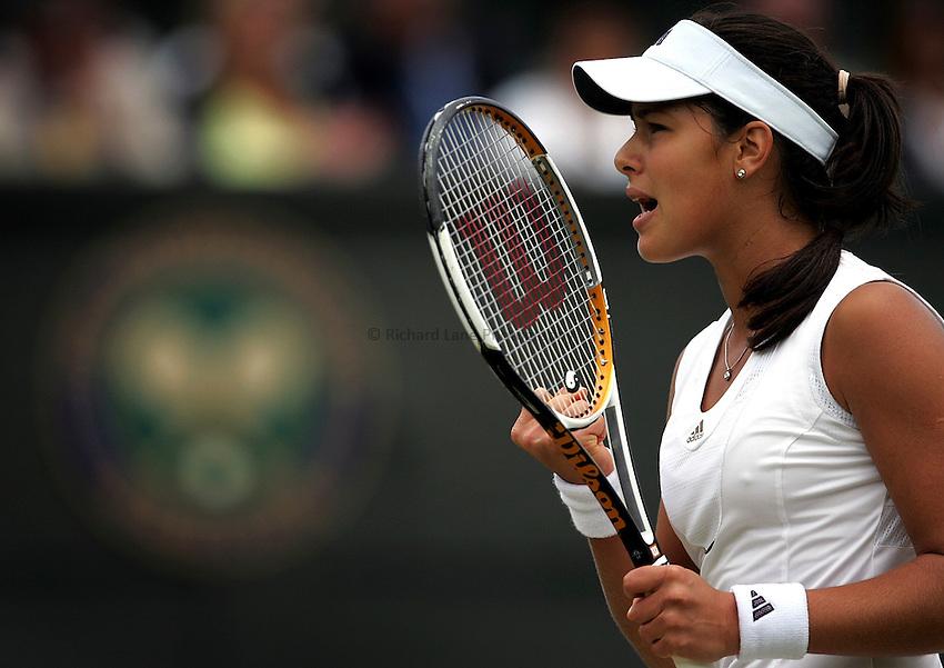 Photo: Paul Thomas..Wimbledon Championships. 05/07/2007...Ana Ivanovic (SRB) during her win over Nicole Vaidisova.