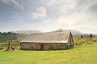 France, Aquitaine, Pyrénées-Atlantiques (64), Mendive, chapelle Saint-Sauveur d'Iraty // France, Aquitaine, Pyrénées-Atlantiques, Mendive, chapel Saint-Sauveur d'Iraty.