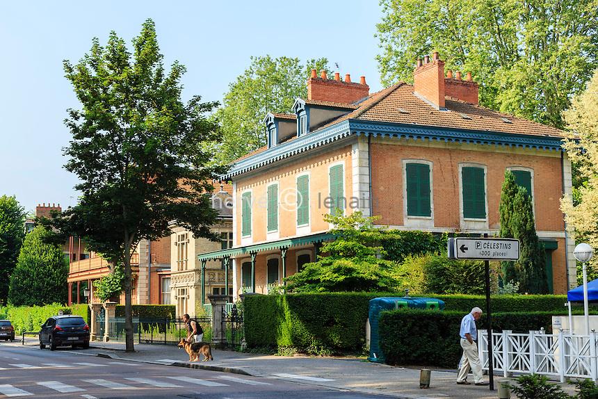 France, Allier (03), Vichy, les chalets Napoléon III, ici le chalet de Clermont-Tonnerre // France, Allier, Vichy, cottages Napoleon III, here's cottage Clermont-Tonnerre