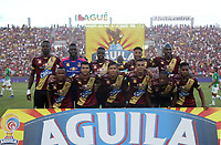 IBAGUÉ- COLOMBIA,2-06-2019:Formación del Deportes Tolima ante el  Atlético Nacional durante el quinto partido de los cuadrangulares finales de la Liga Águila I 2019 jugado en el estadio Manuel Murillo Toro de la ciudad de Ibagué. /Team of Deportes Tolima agaisnt of Atletico Nacional   during the fifht match for the quarter finals B of the Liga Aguila I 2019 played at the Manuel Murillo Toro stadium in Ibague city. Photo: VizzorImage / Felipe Caicedo / Staff