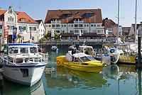 DEU, Deutschland, Baden-Wuerttemberg, Langenargen am Bodensee: Ferienort zwischen Friedrichshafen und Lindau, Yachthafen | DEU, Germany, Baden-Wuerttemberg, Lake Constance: Langenargen, yacht harbour