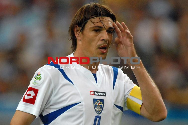 FIFA WM 2006 -  Gruppe C Vorrunde ( Group C )<br /> <br /> Play   #21 (16-Jun) - Agrentinien - Serbien / Montenego<br /> <br /> <br /> <br /> Savo Milosevic (SCG)<br /> <br /> <br /> <br /> Foto &copy; nordphoto