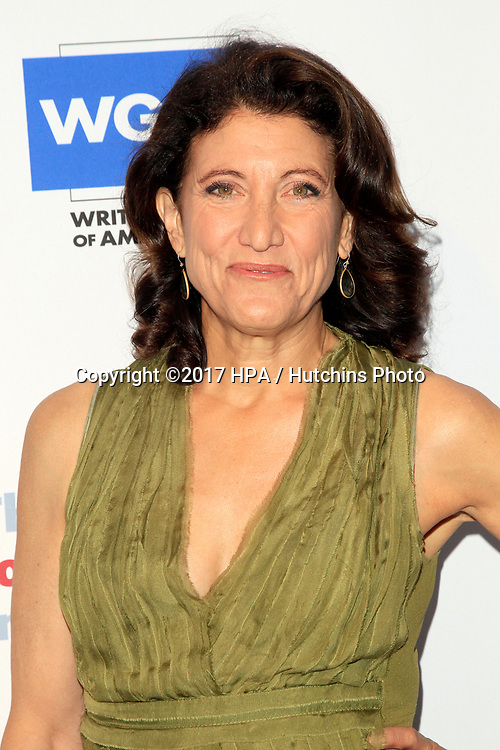LOS ANGELES - JUN 11:  Amy Aquino at the Actors Fund's 21st Annual Tony Awards Viewing Party at the Skirball Cultural Center on June 11, 2017 in Los Angeles, CA