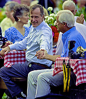 ***FILE PHOTO*** George H.W. Bush Has Passed Away<br /> Washington, DC., USA, June 26, 1990<br /> President George H.W. Bush and First Lady Barbara Bush host the annual White House barbecue for members of Congress on the South Lawn. <br /> CAP/MPI/MRN<br /> &copy;MRN/MPI/Capital Pictures