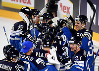 Finnish players celebrate their 0:2 victory after the Ice Hockey World Championship quarter-final match between the US and Finland in the Lanxess Arena in Cologne, Germany, 18 May 2017. Photo: Monika Skolimowska/dpa /MediaPunch ***FOR USA ONLY***